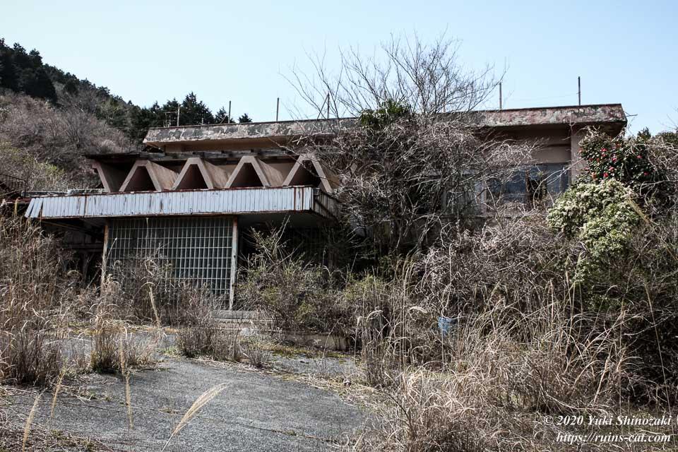 日本BE研究所 桑原研修所(首の家) 建物外観