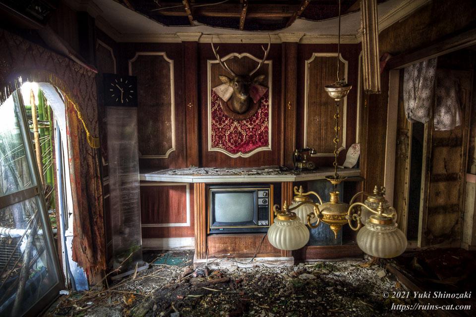 モーテル風林 特デラックス洋室「古都」のリビングリーム