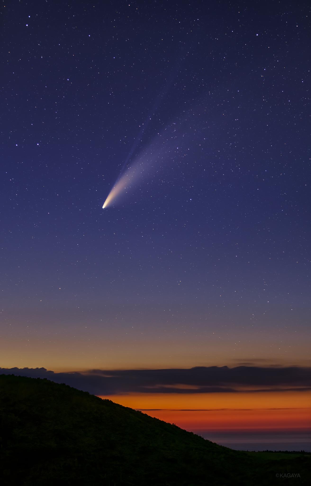数千年の公転周期をもつネオワイズ彗星