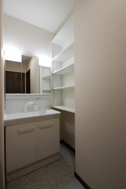洗面室 (1)