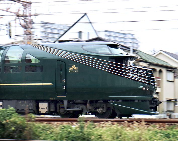 200906mkz13.jpg
