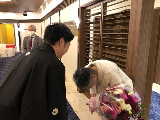 細木母へ花 (2)