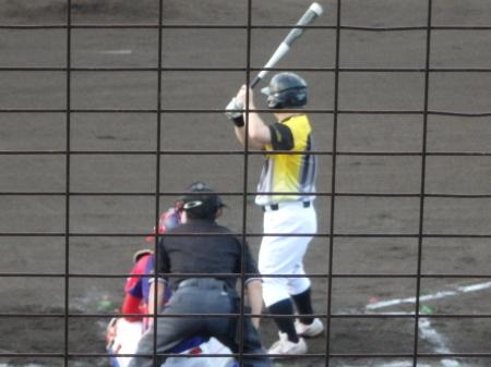 P8015415次の3番小田は四球で一、二塁