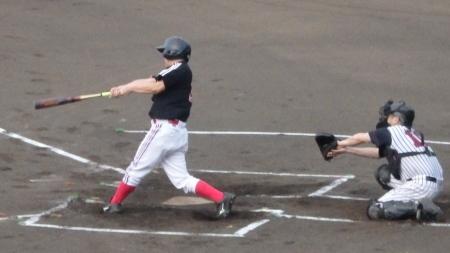 P8080318継匠会2回表この回トップの4番大隅が左前打で出塁
