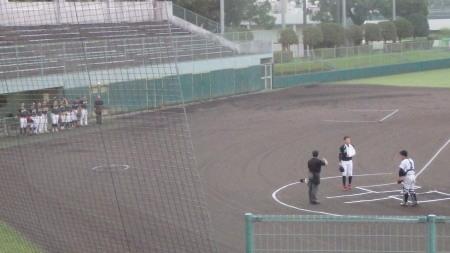 P8312164 一塁側シアーズ 三塁側熊本信金