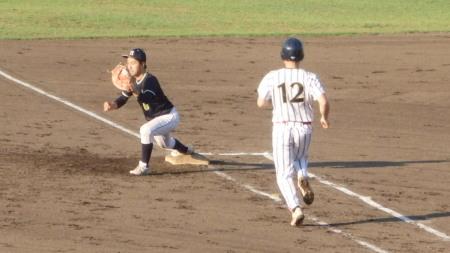 P8312291シアーズタイブレーク1回目 2死二、三塁から投ゴロで試合終了