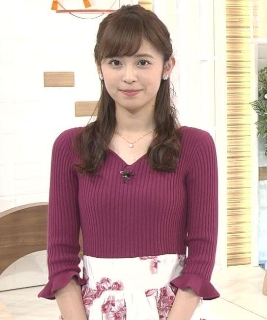 小ぶりでも形の良さそうなニットおっぱいも可愛い久慈暁子!! (17)