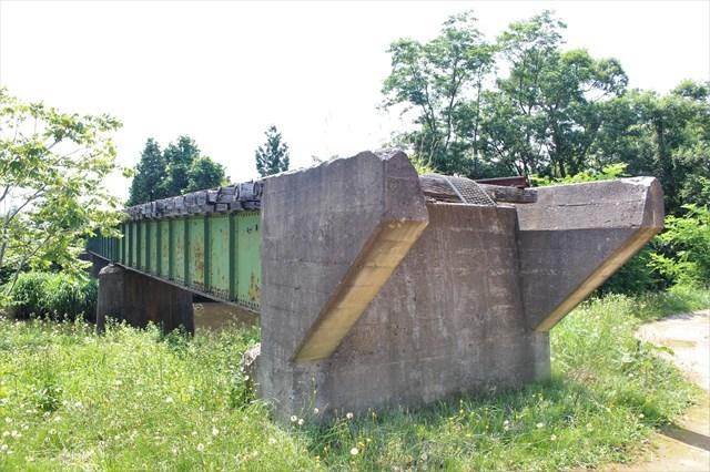 ③途切れた鉄橋1