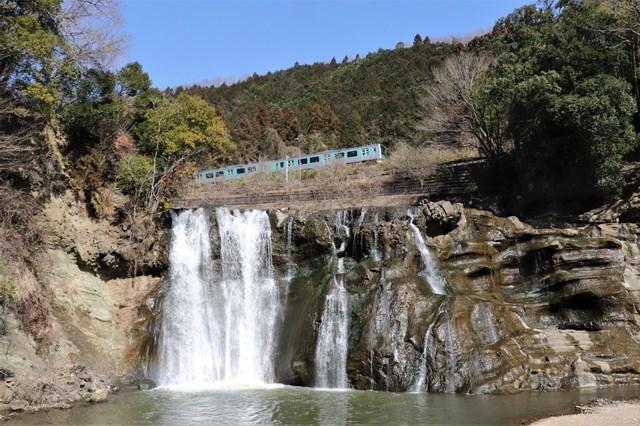 ⑤滝~烏山龍門の滝
