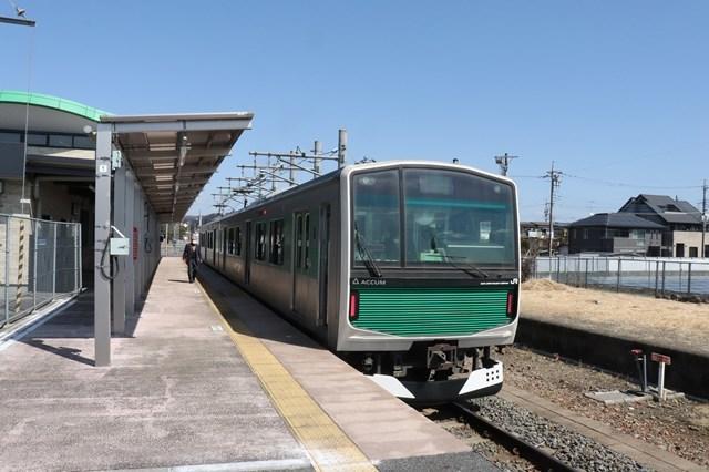 ⑥烏山駅ホーム