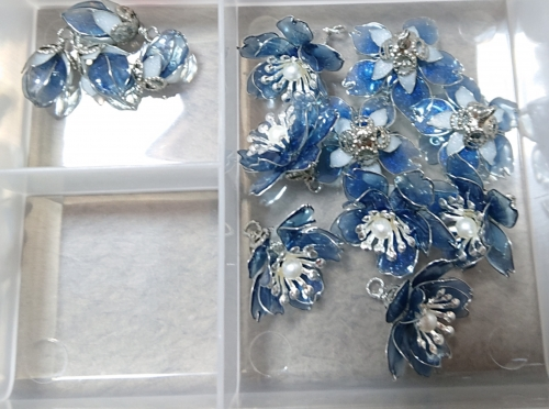 紺色の桜パーツ