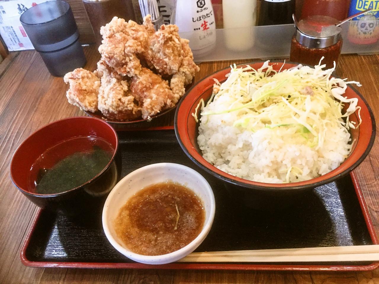 餃子のさんくみ(唐揚げ丼)