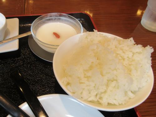 ご飯と杏仁豆腐