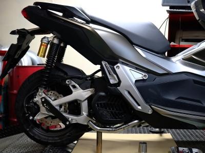ADV150  フルエキ (2)