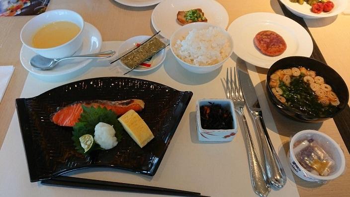 202009122日目ヒルトン首里朝食 (7)