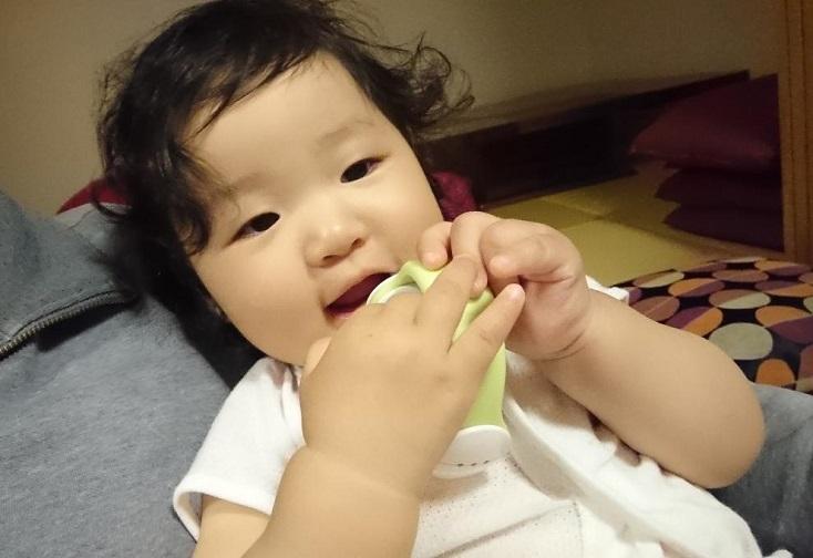 202011愛娘初めての 歯磨き(3)