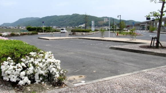 川辺宿駅 駐車場